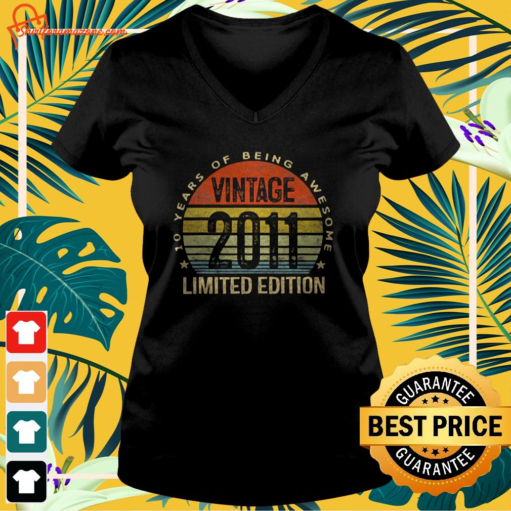 10 Year Old Gifts Vintage 2011 Limited Edition 10 v-neck t-shirt